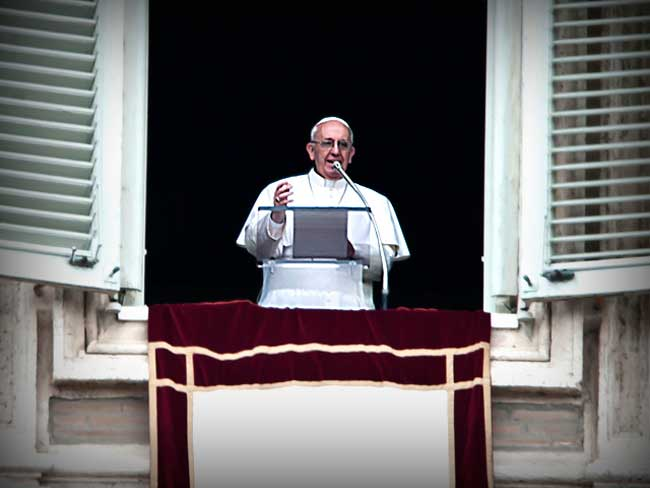 Pope-Francis-I-Angelus-and-Blessing-from-the-window-overlooking-St-Peter-s-Square